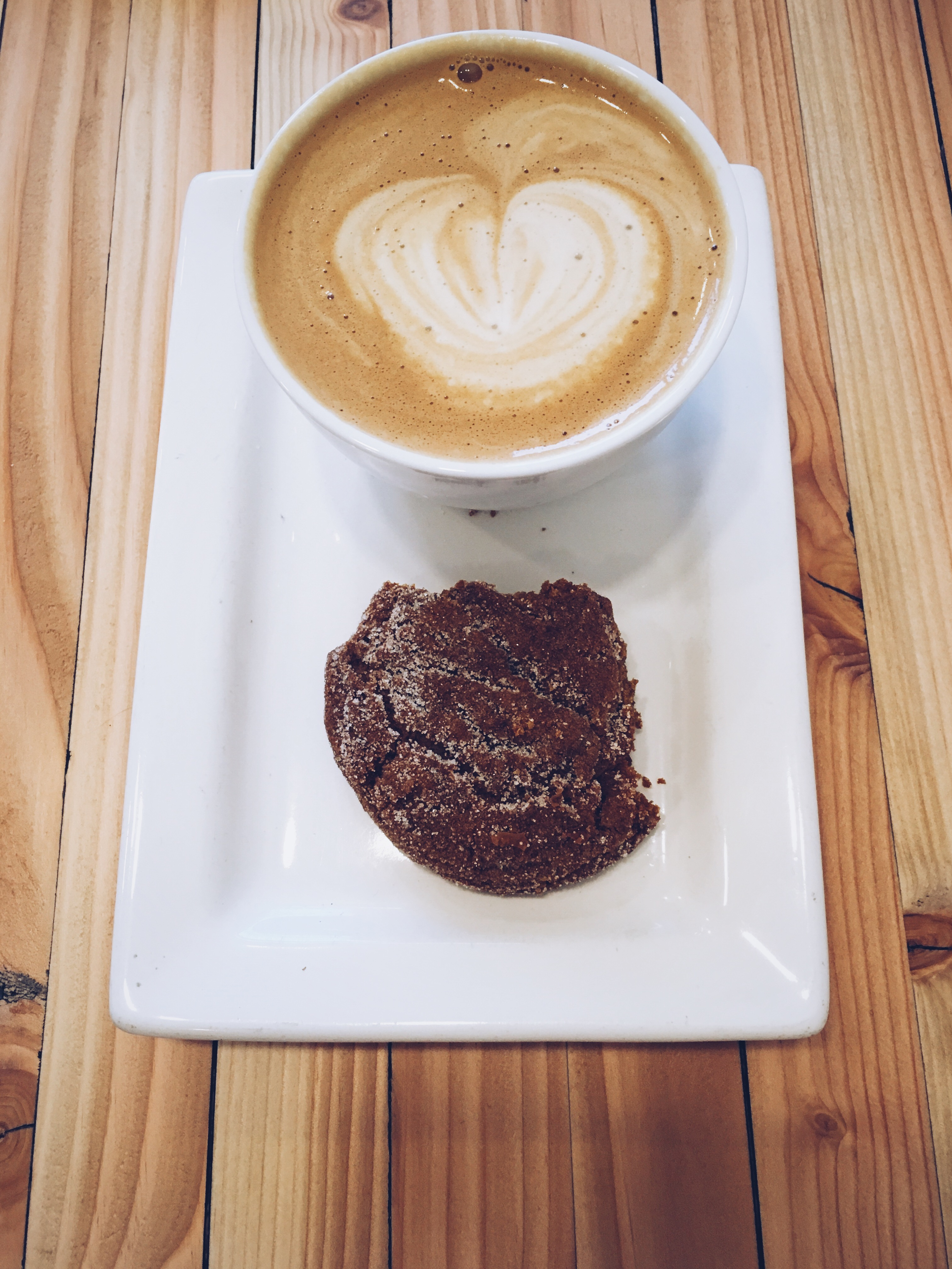 Almond milk cappuccino + Ginger snap cookie
